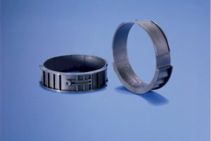 Roller bearing (524)